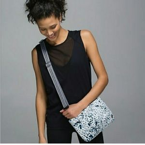 Lululemon Hip To Be Free Crossbody/ Belt Bag